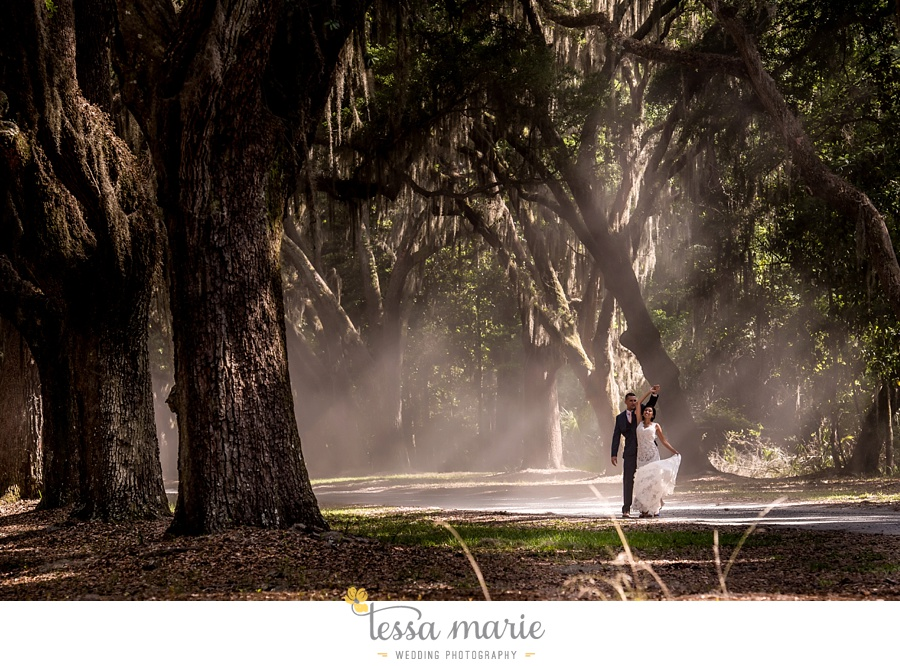 savannah_destination_wedding_photographer_wormsole_elopement_tessa_marie_weddings_essence_of_australia_gown_0108