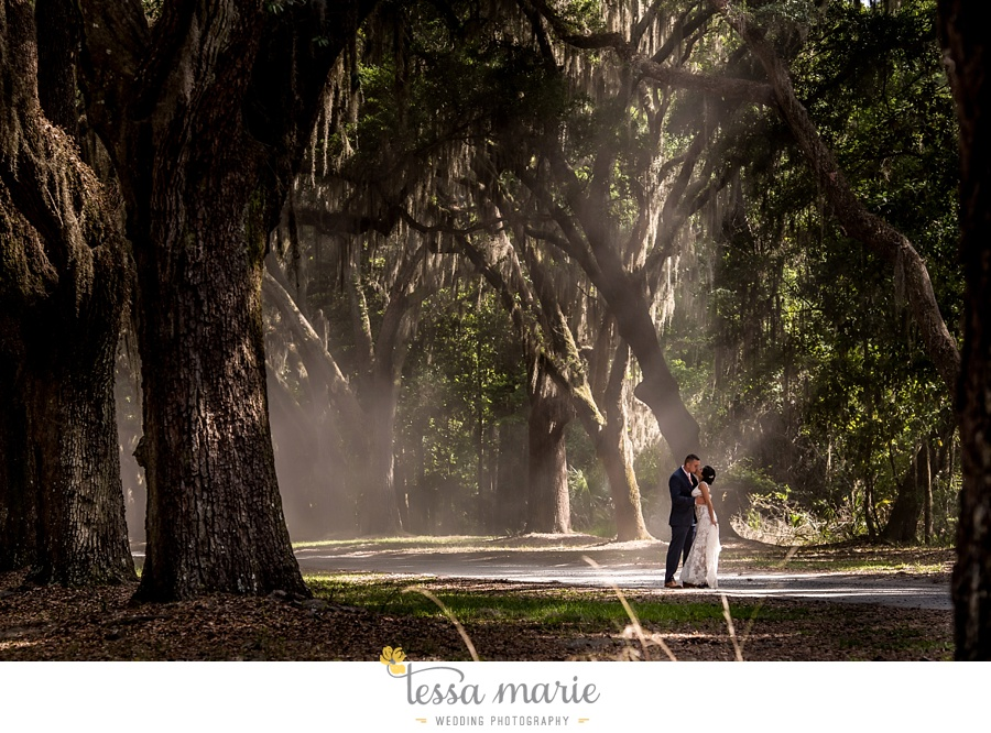 savannah_destination_wedding_photographer_wormsole_elopement_tessa_marie_weddings_essence_of_australia_gown_0109