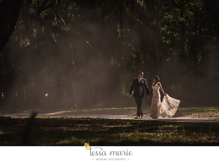 savannah_destination_wedding_photographer_wormsole_elopement_tessa_marie_weddings_essence_of_australia_gown_0118