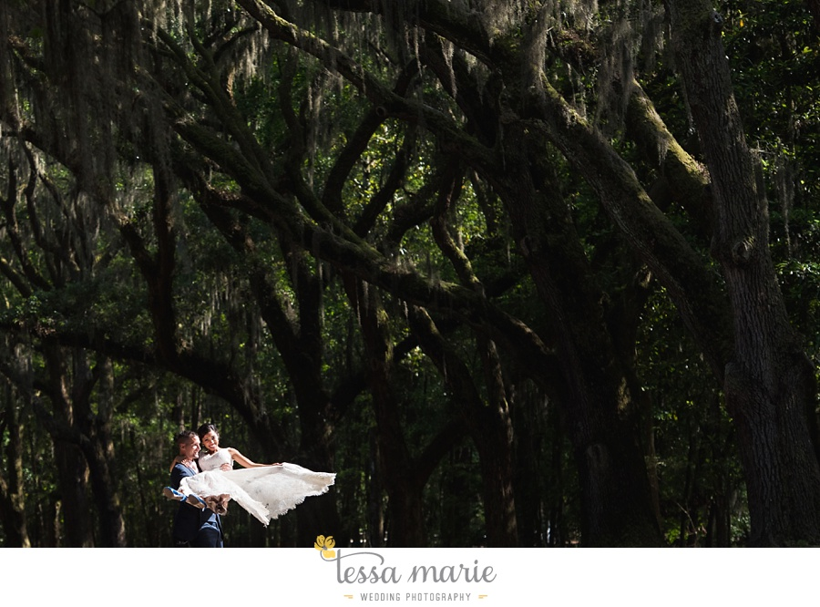 savannah_destination_wedding_photographer_wormsole_elopement_tessa_marie_weddings_essence_of_australia_gown_0123