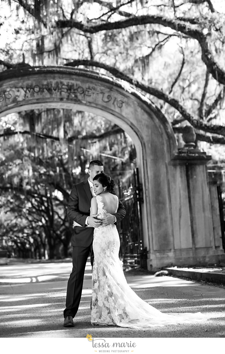 savannah_destination_wedding_photographer_wormsole_elopement_tessa_marie_weddings_essence_of_australia_gown_0125