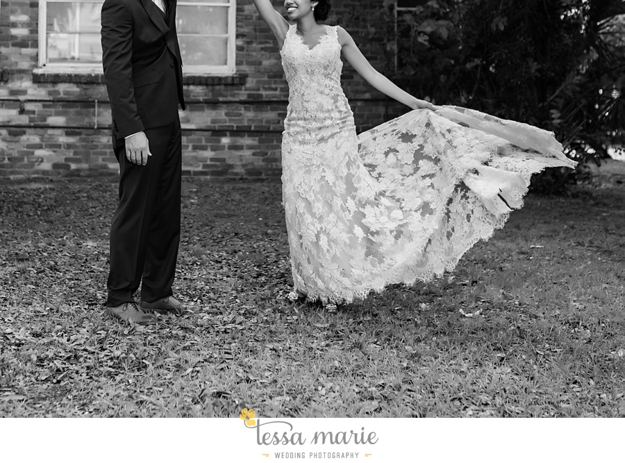 savannah_destination_wedding_photographer_wormsole_elopement_tessa_marie_weddings_essence_of_australia_gown_0133