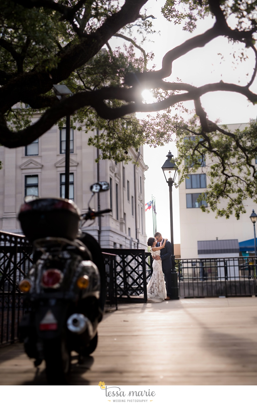 savannah_destination_wedding_photographer_wormsole_elopement_tessa_marie_weddings_essence_of_australia_gown_0143