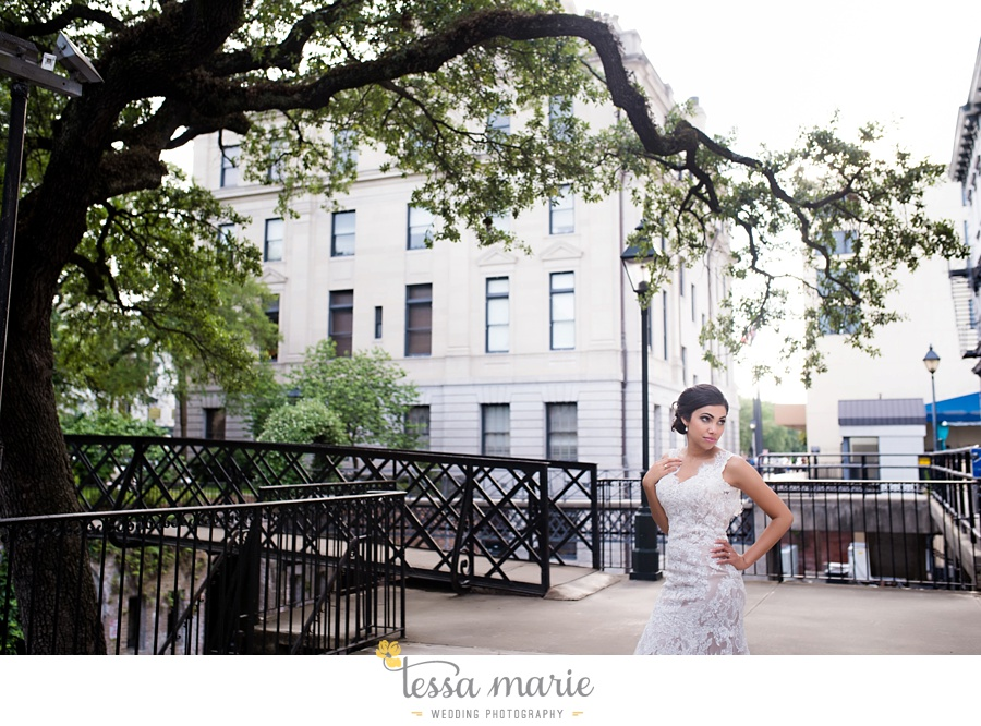 savannah_destination_wedding_photographer_wormsole_elopement_tessa_marie_weddings_essence_of_australia_gown_0154