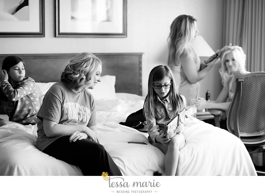brickyard_marietta_wedding_pictures_tessa_marie_weddings_bouaktes_0004