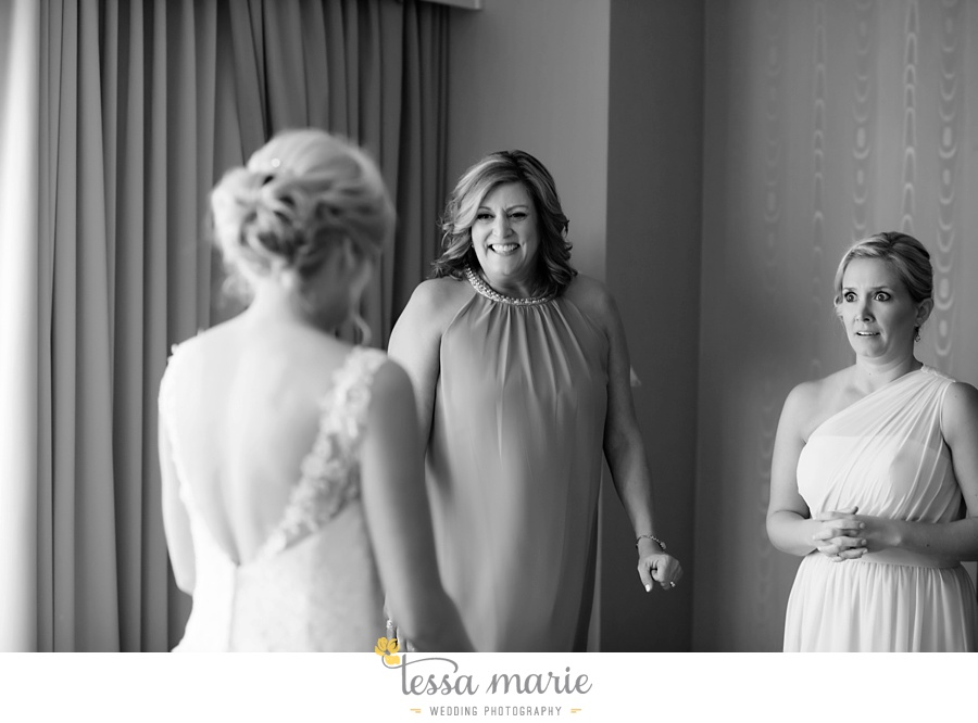 brickyard_marietta_wedding_pictures_tessa_marie_weddings_bouaktes_0023