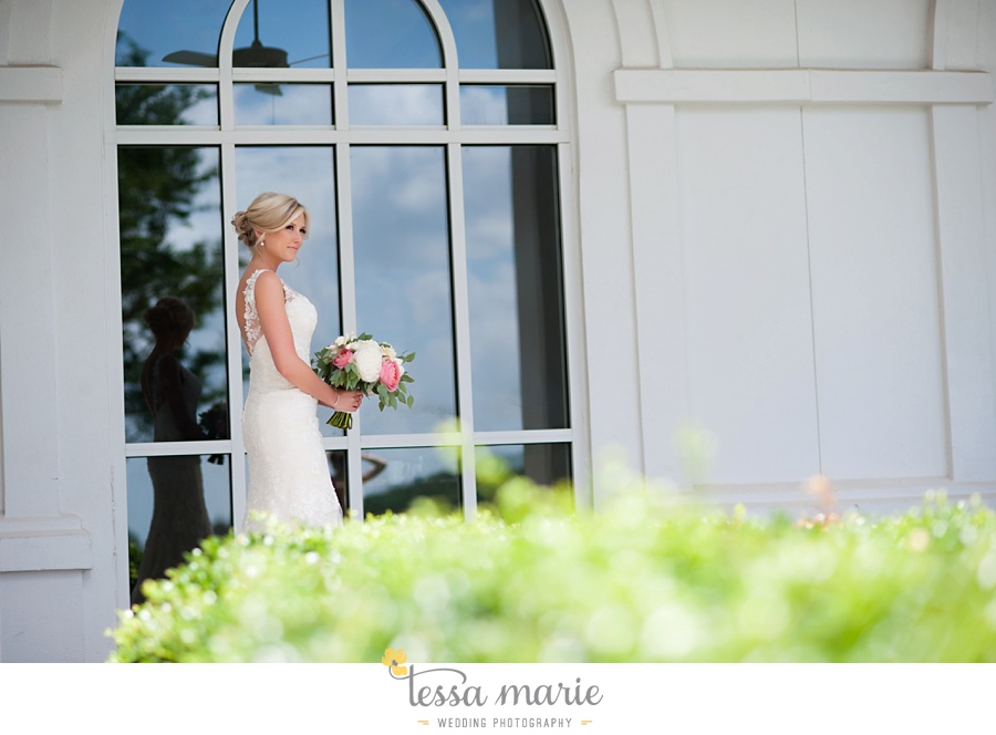 brickyard_marietta_wedding_pictures_tessa_marie_weddings_bouaktes_0031