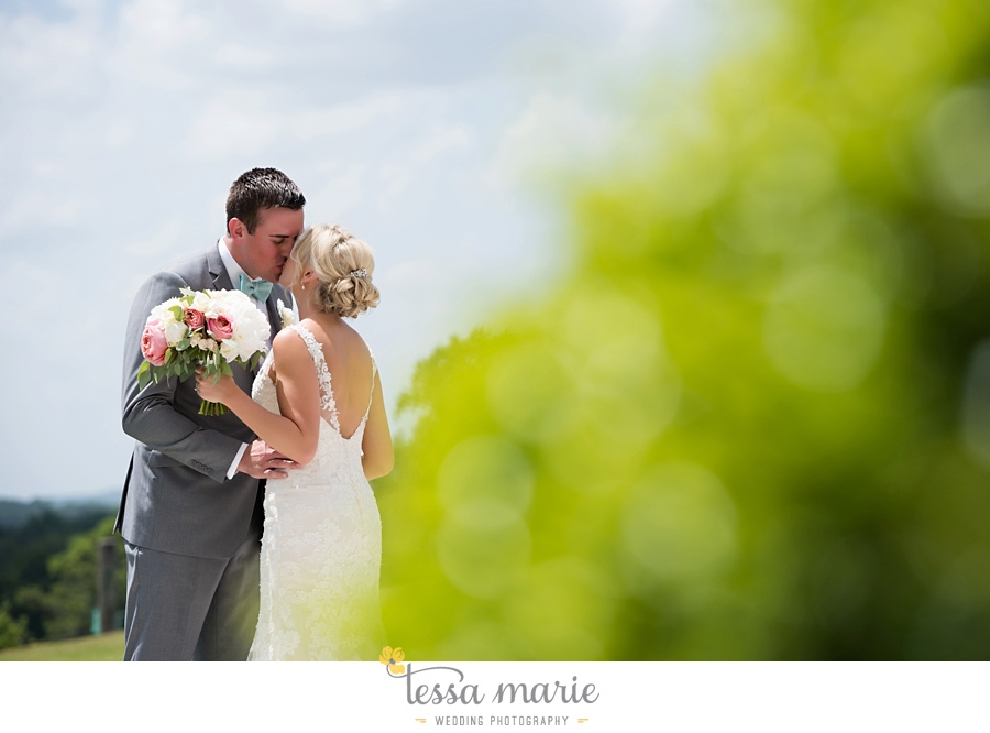 brickyard_marietta_wedding_pictures_tessa_marie_weddings_bouaktes_0037