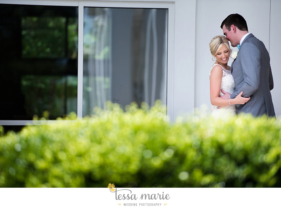 brickyard_marietta_wedding_pictures_tessa_marie_weddings_bouaktes_0049