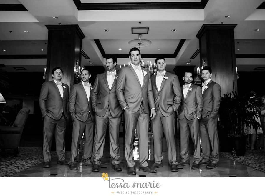 brickyard_marietta_wedding_pictures_tessa_marie_weddings_bouaktes_0053