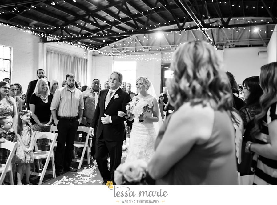 brickyard_marietta_wedding_pictures_tessa_marie_weddings_bouaktes_0085