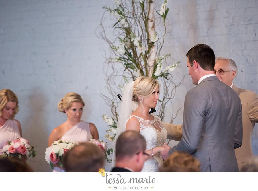 brickyard_marietta_wedding_pictures_tessa_marie_weddings_bouaktes_0089