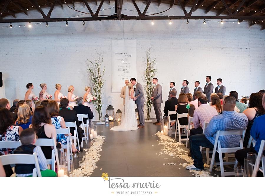 brickyard_marietta_wedding_pictures_tessa_marie_weddings_bouaktes_0090