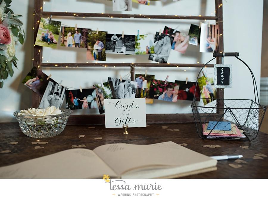 brickyard_marietta_wedding_pictures_tessa_marie_weddings_bouaktes_0100