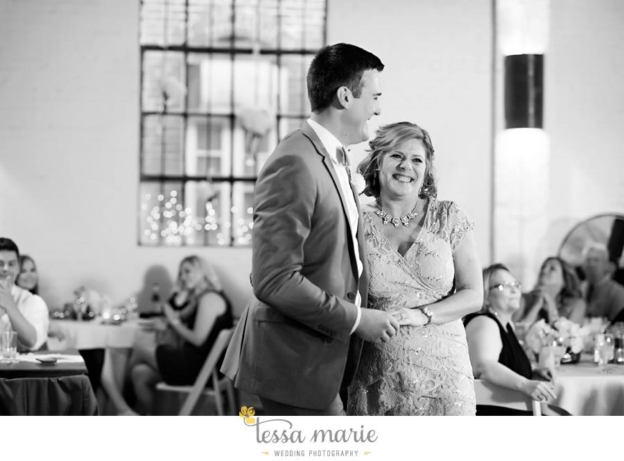 brickyard_marietta_wedding_pictures_tessa_marie_weddings_bouaktes_0120