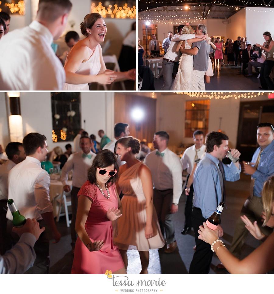 brickyard_marietta_wedding_pictures_tessa_marie_weddings_bouaktes_0124