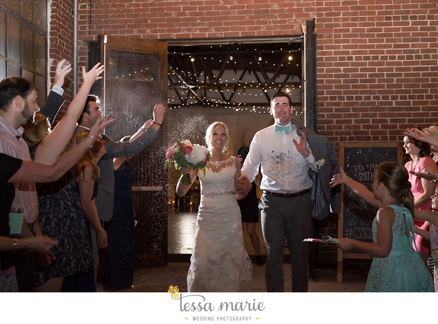brickyard_marietta_wedding_pictures_tessa_marie_weddings_bouaktes_0130