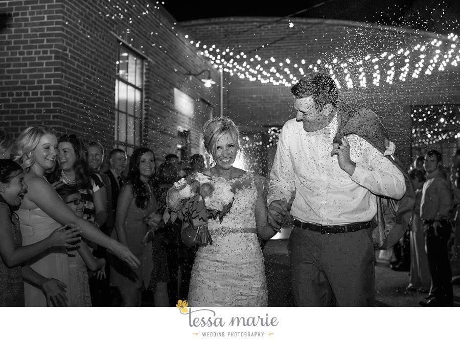 brickyard_marietta_wedding_pictures_tessa_marie_weddings_bouaktes_0131