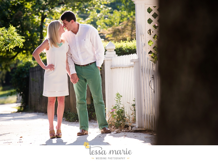 grant_park_engagement_pictures_portrait_session_octane_coffee_tessa_marie_Weddings_0030