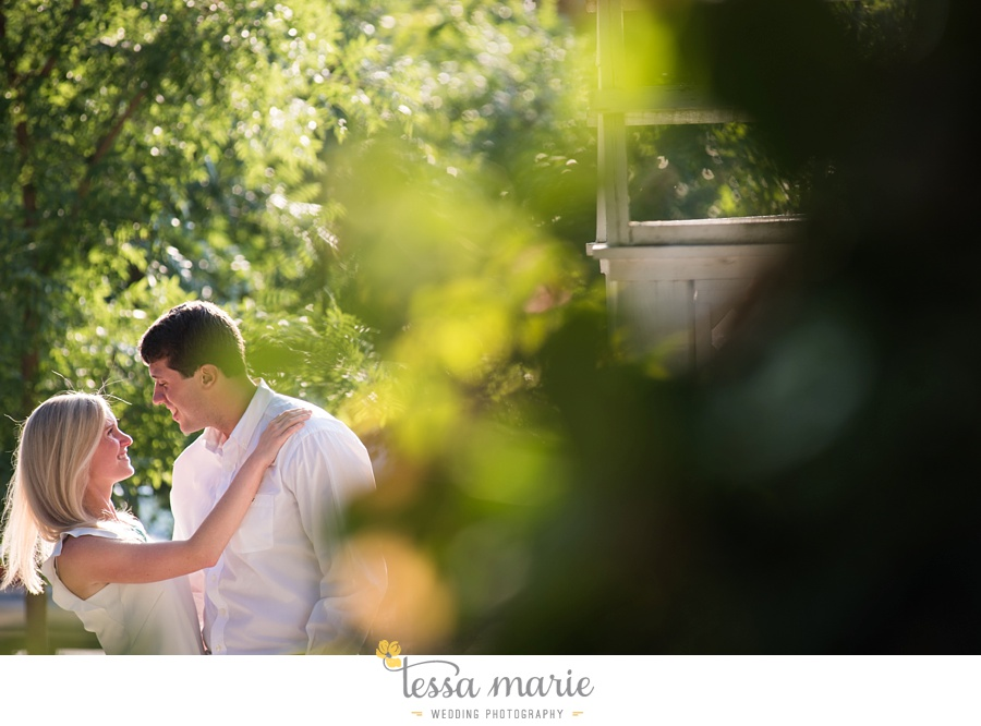 grant_park_engagement_pictures_portrait_session_octane_coffee_tessa_marie_Weddings_0034