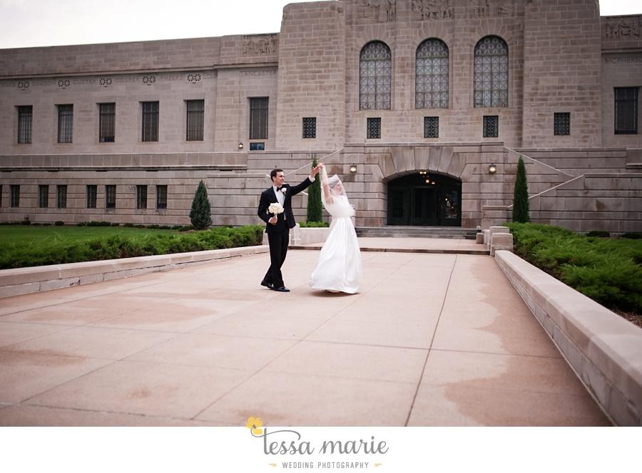 189_lauren_matthew_nebraska_wedding_pictures