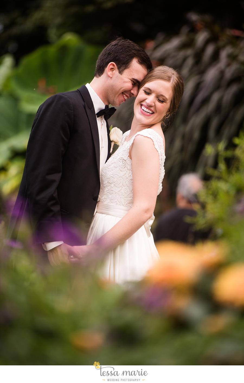 207_lauren_matthew_nebraska_wedding_pictures