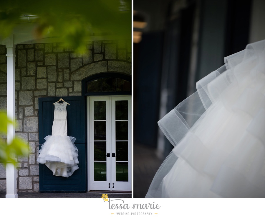foxhall_outdoor_stables_wedding_candid_moments_tessa_marie_weddings_rittenhouse_design_a_fab_event_0003