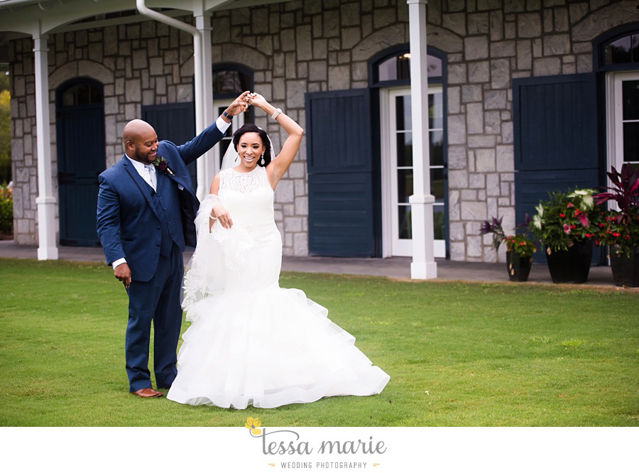 foxhall_outdoor_stables_wedding_candid_moments_tessa_marie_weddings_rittenhouse_design_a_fab_event_0031