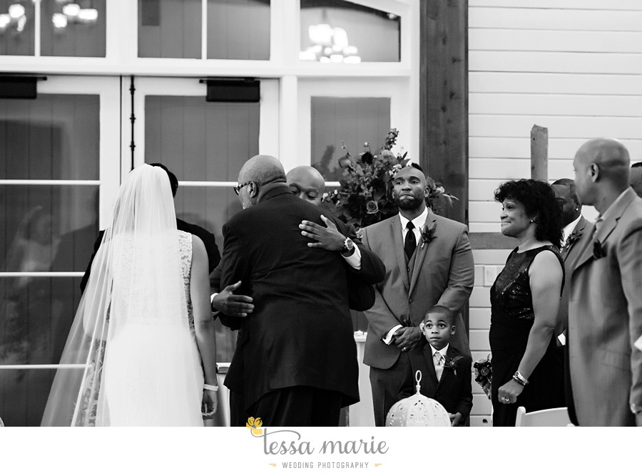 foxhall_outdoor_stables_wedding_candid_moments_tessa_marie_weddings_rittenhouse_design_a_fab_event_0079
