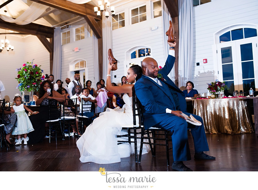 foxhall_outdoor_stables_wedding_candid_moments_tessa_marie_weddings_rittenhouse_design_a_fab_event_0119