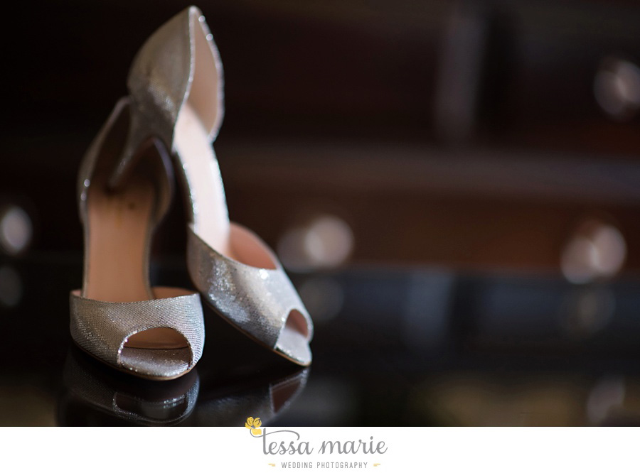 Puritan_mill_wedding_foundry_wedding_pictures_Tessa_marie_weddings_circle_of_love_weddings_atlantas_best_wedding_photographer_pictures_0010