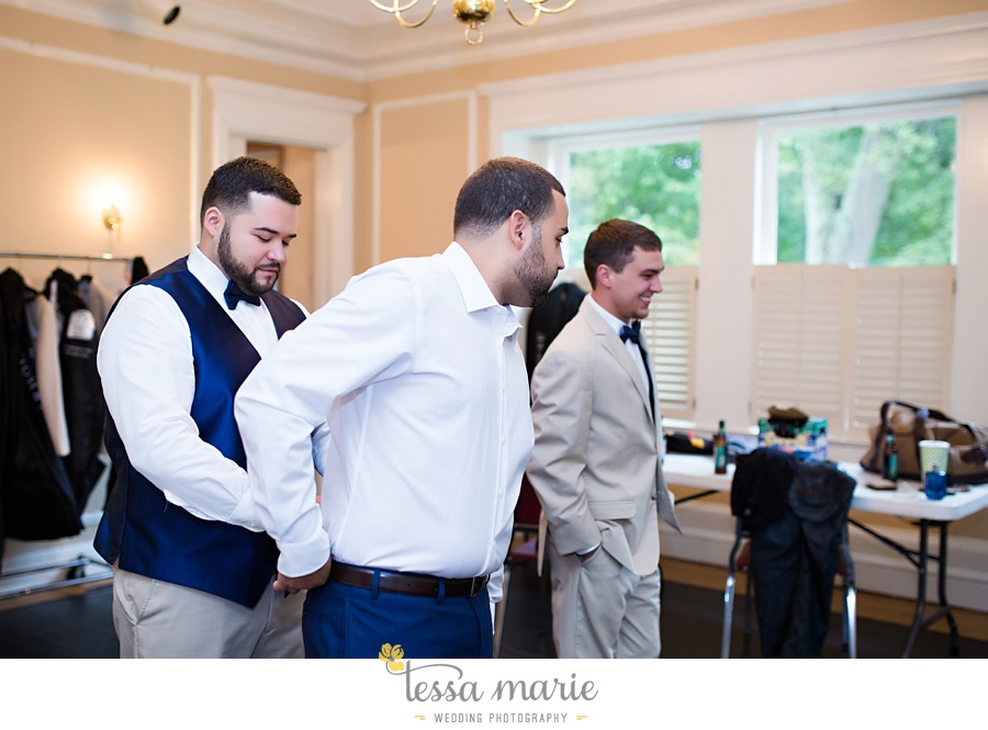 callanwalde_fine_arts_center_wedding_tessa_marie_weddings_outdoor_wedding_rainy_day_wedding_0016