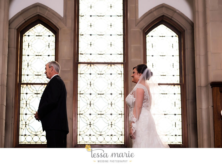 callanwalde_fine_arts_center_wedding_tessa_marie_weddings_outdoor_wedding_rainy_day_wedding_0022