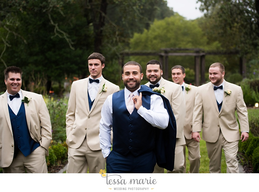 callanwalde_fine_arts_center_wedding_tessa_marie_weddings_outdoor_wedding_rainy_day_wedding_0046