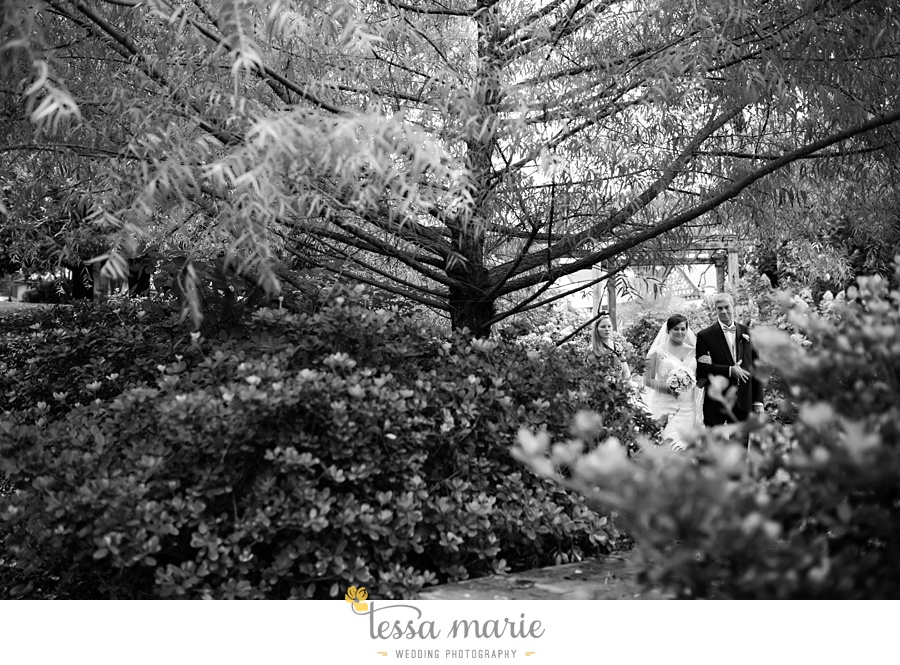 callanwalde_fine_arts_center_wedding_tessa_marie_weddings_outdoor_wedding_rainy_day_wedding_0052