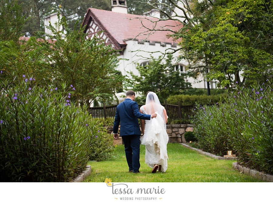 callanwalde_fine_arts_center_wedding_tessa_marie_weddings_outdoor_wedding_rainy_day_wedding_0069