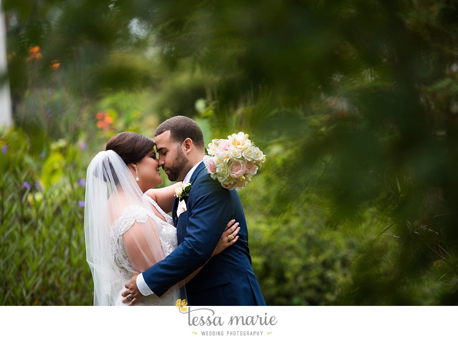 callanwalde_fine_arts_center_wedding_tessa_marie_weddings_outdoor_wedding_rainy_day_wedding_0075
