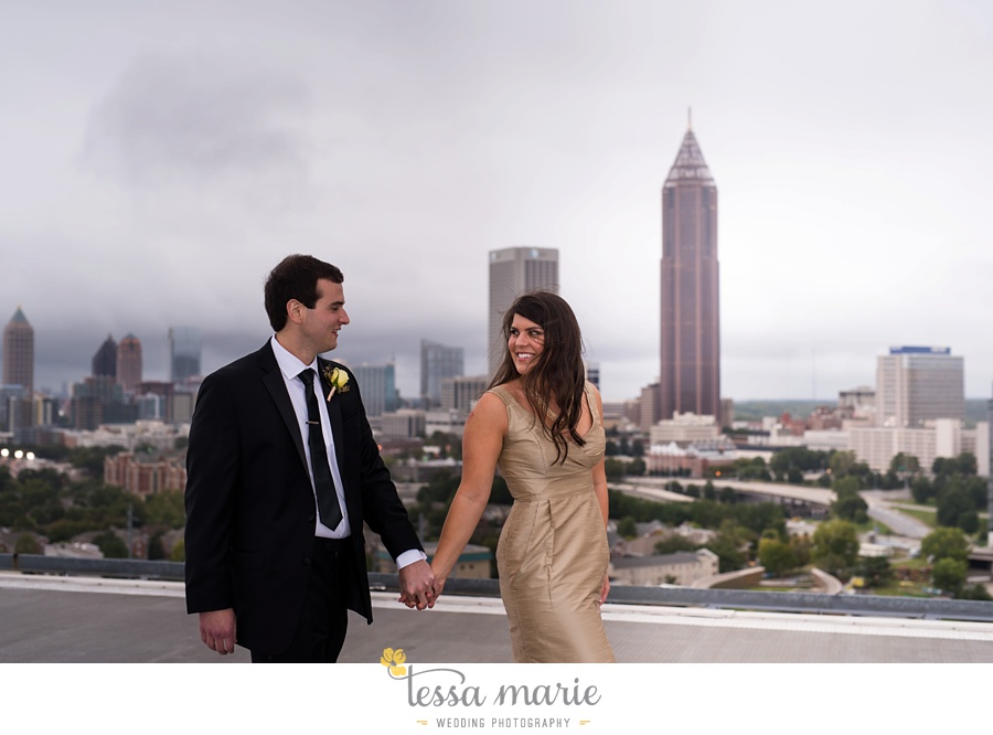 ventanas_wedding_pictures_tessa_marie_weddings_rainy_wedding_day_pictures_atlanta_skyline_wedding_0096