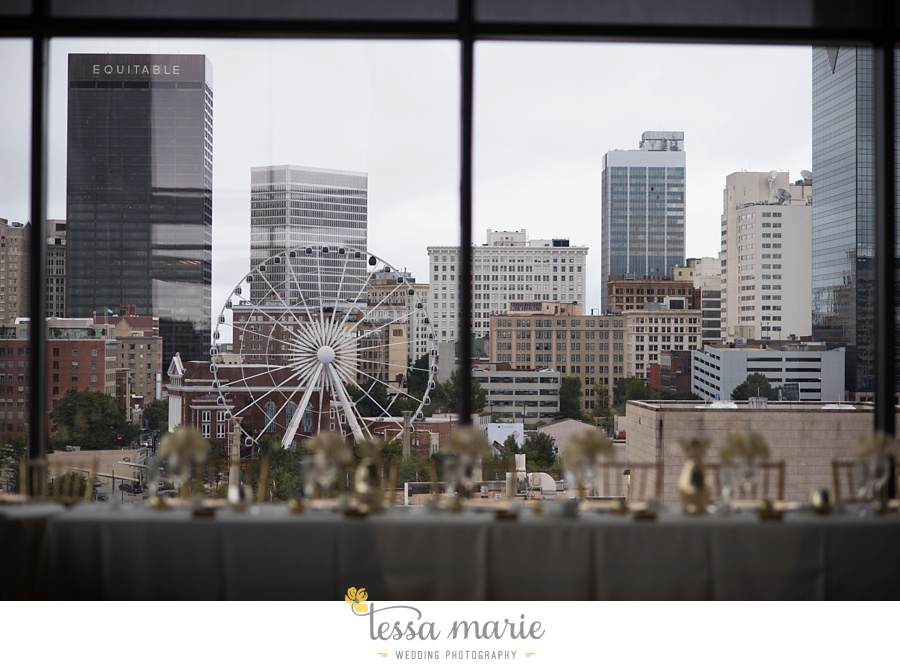 ventanas_wedding_pictures_tessa_marie_weddings_rainy_wedding_day_pictures_atlanta_skyline_wedding_0101