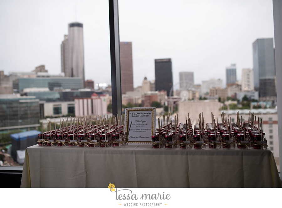 ventanas_wedding_pictures_tessa_marie_weddings_rainy_wedding_day_pictures_atlanta_skyline_wedding_0104