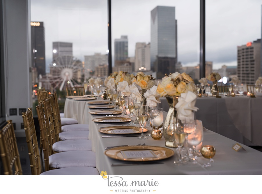 ventanas_wedding_pictures_tessa_marie_weddings_rainy_wedding_day_pictures_atlanta_skyline_wedding_0107