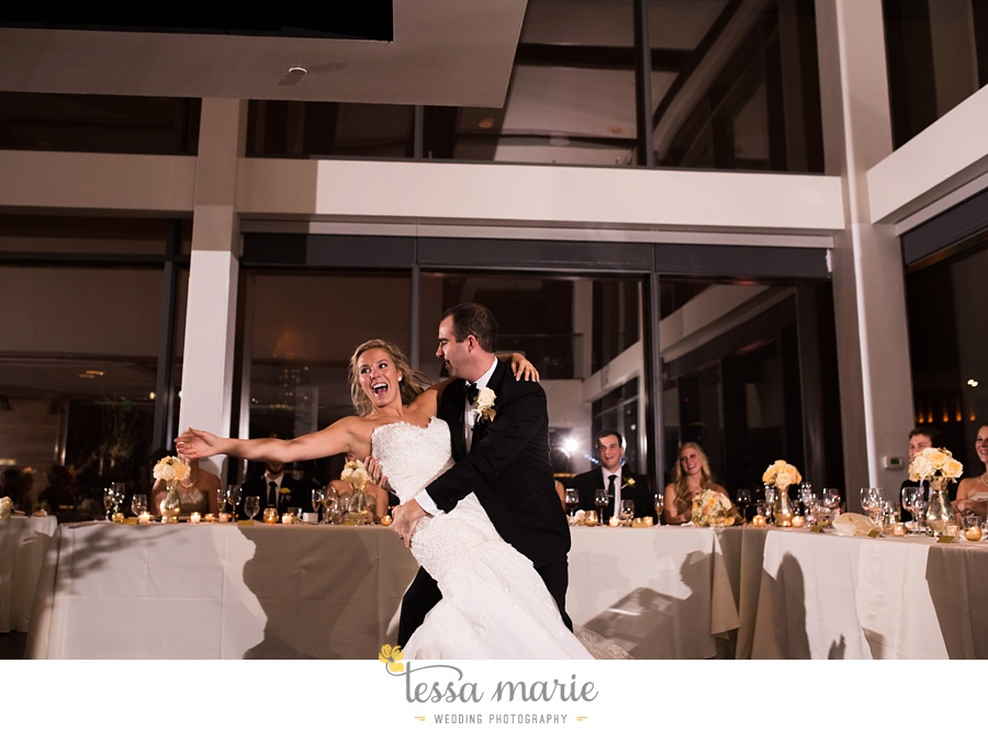 ventanas_wedding_pictures_tessa_marie_weddings_rainy_wedding_day_pictures_atlanta_skyline_wedding_0128