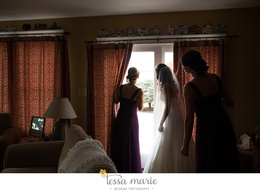 baltimore_outdoor_Wedding_pictures_fall_wedding_farm_wedding_tessa_marie_Weddings_0034
