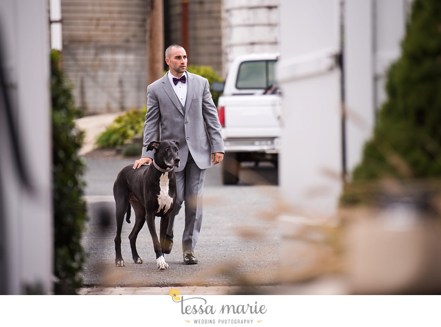 baltimore_outdoor_Wedding_pictures_fall_wedding_farm_wedding_tessa_marie_Weddings_0044
