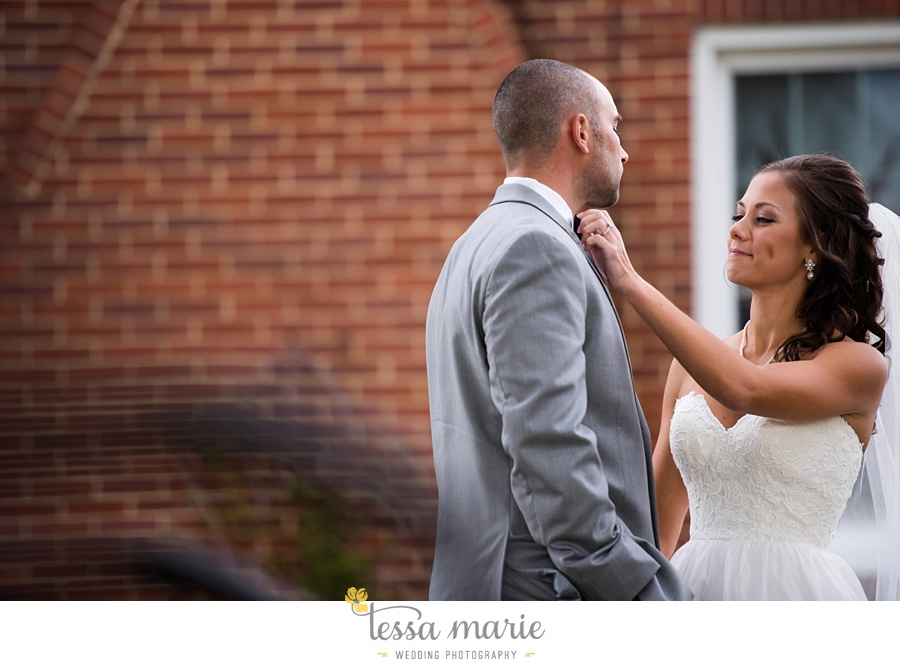 baltimore_outdoor_Wedding_pictures_fall_wedding_farm_wedding_tessa_marie_Weddings_0050