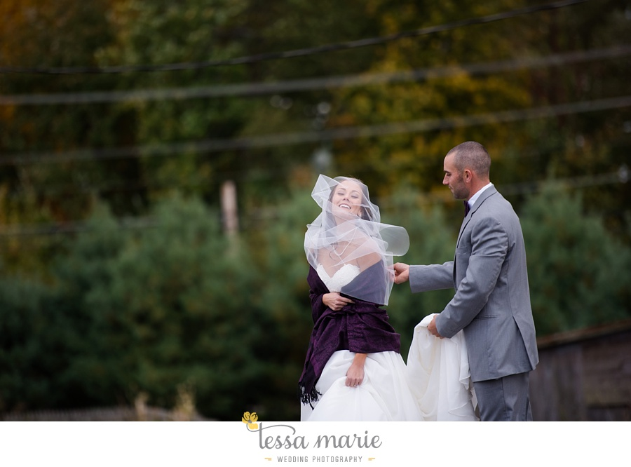 baltimore_outdoor_Wedding_pictures_fall_wedding_farm_wedding_tessa_marie_Weddings_0057