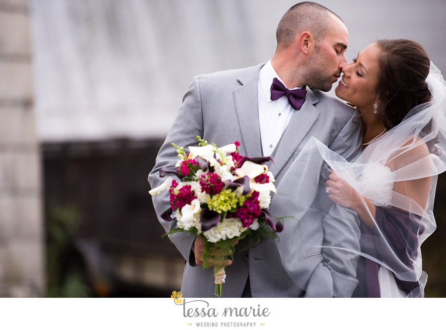 baltimore_outdoor_Wedding_pictures_fall_wedding_farm_wedding_tessa_marie_Weddings_0062