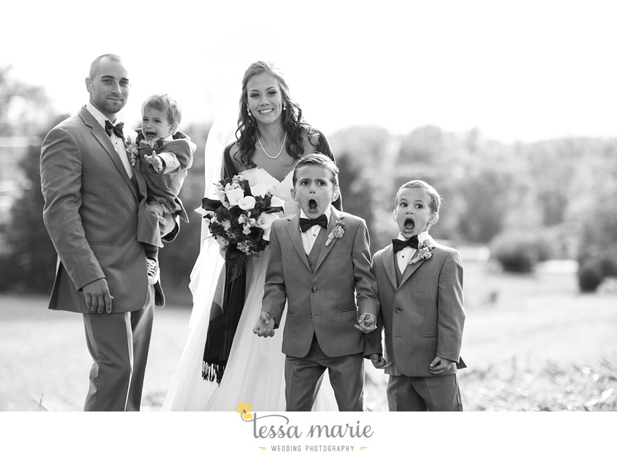 baltimore_outdoor_Wedding_pictures_fall_wedding_farm_wedding_tessa_marie_Weddings_0100