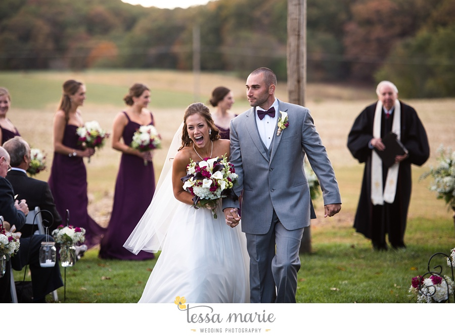baltimore_outdoor_Wedding_pictures_fall_wedding_farm_wedding_tessa_marie_Weddings_0119