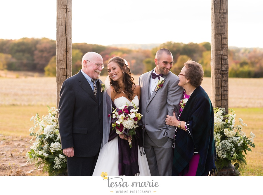 baltimore_outdoor_Wedding_pictures_fall_wedding_farm_wedding_tessa_marie_Weddings_0122